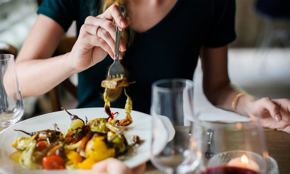 Tip To Eat In Proper Way